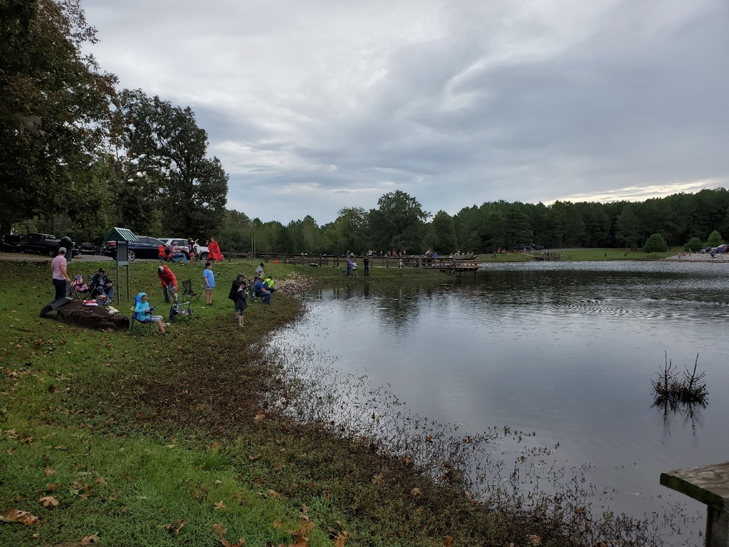 The 5th and 6th graders at the elementary had an incredible time fishing today during the 2019 Fishing Derby. A big thank you to Mrs. Corbitt and the Arkansas Game and Fish for putting this all together.